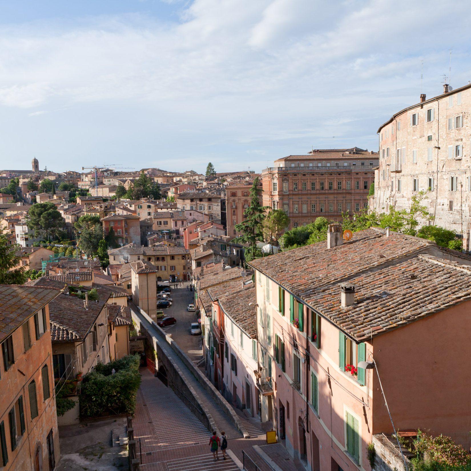Acquedotto Medievale - Perugia, Umbria - Articity