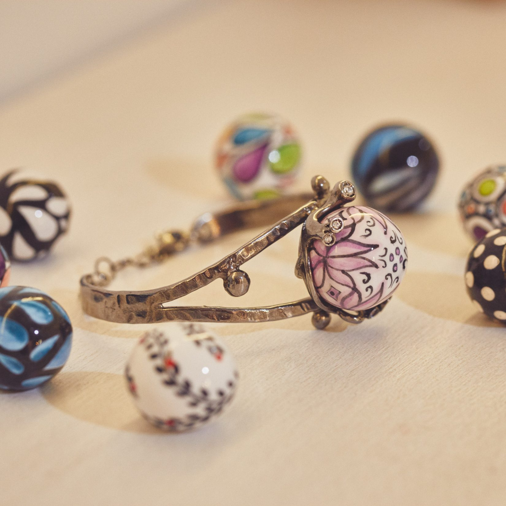 Anna Barola Italian Jewels - Articity