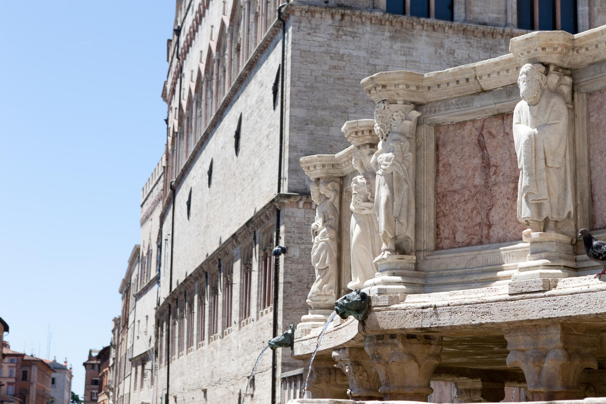 Fontana Maggiore - Articity